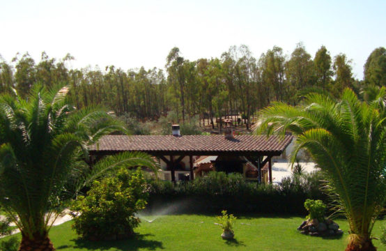 Oristano, Unique Villa with Pool and Stables