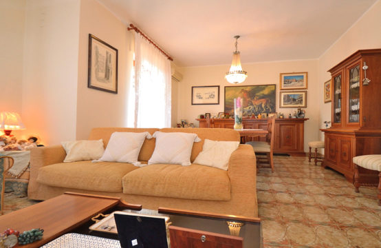 Four-Room Apartment with Double Parking Space