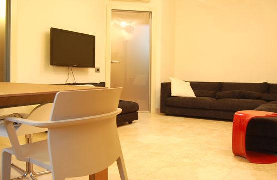 Quartu, Wide Three-Room Apartment