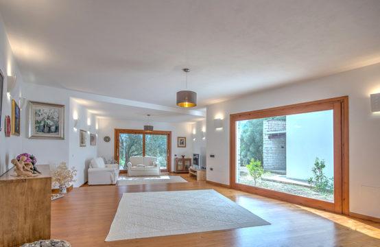Beautiful Modern Villa on South Sardinian Coast